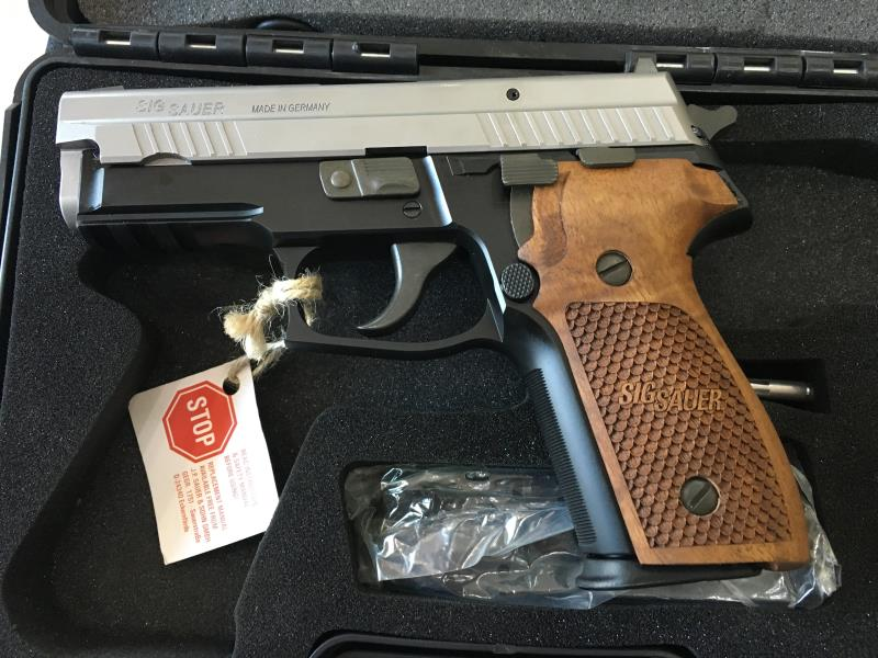 Sig Sauer P 229 Two Tone Sport