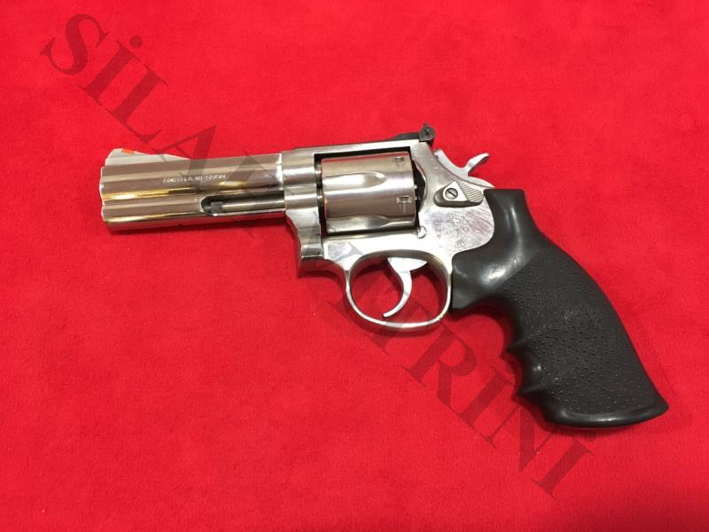 Smith Wesson 357 Magnum 4 İnç