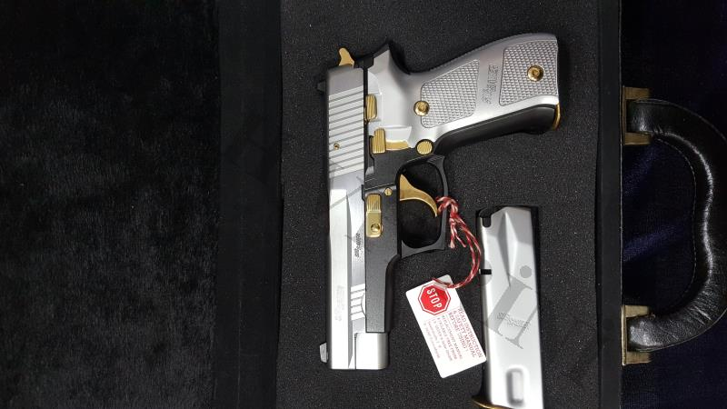 SİG SAUER P226 TWO TONE