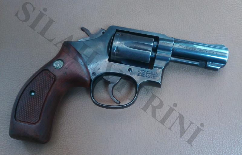 SAHİBİNDEN SATILIK SMITH WESSON 38 CAL.